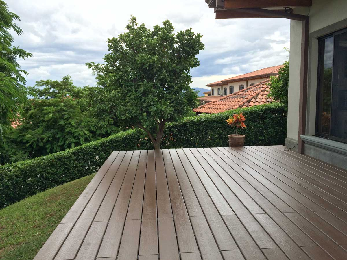 Deck terraza deck solutions for Deck para exteriores
